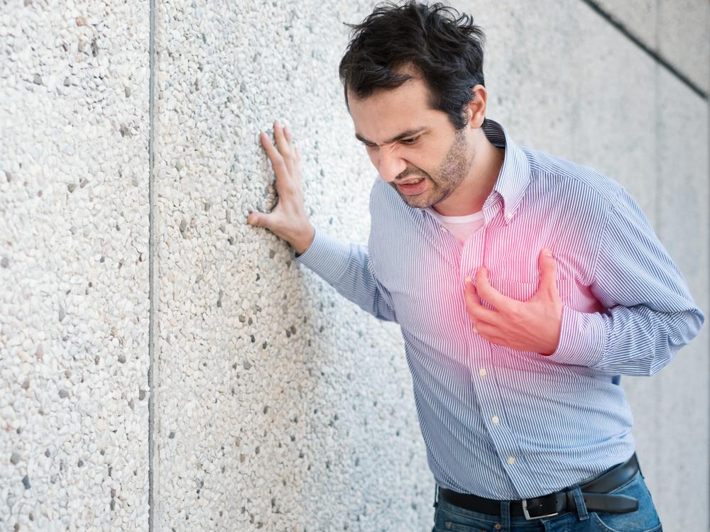 Homem com doença no coração